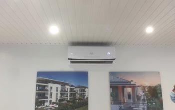Installation climatisation Paris 75 pour une agence immobilière